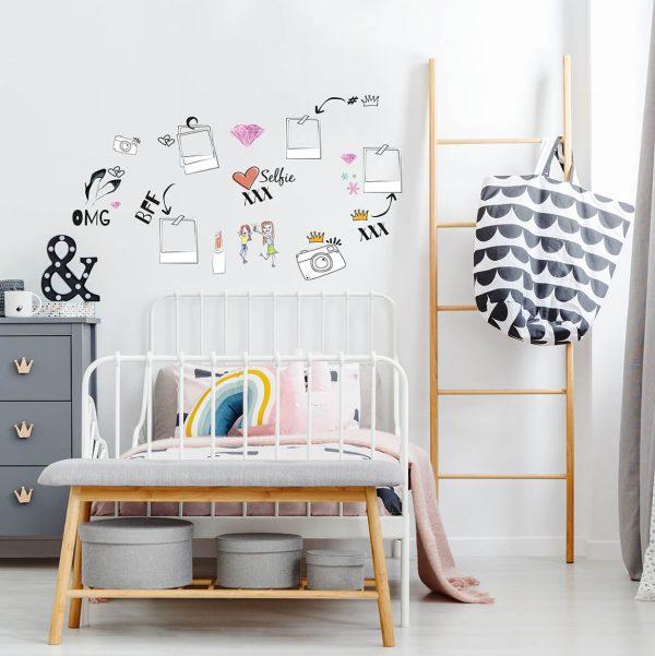 מדבקות קיר סלפי2 לחדרי ילדים ונוער - מיכל נמצוב סטודיו m creative