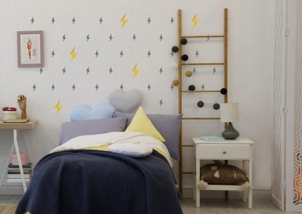 מדבקות ברקים מאויירים לחדרי ילדים ונוער - מיכל נמצוב סטודיו m creative