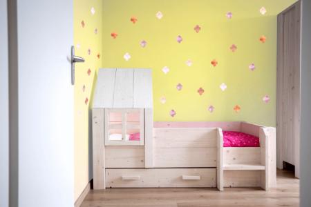 מדבקות קיר אוריינטאליות2 לחדרי ילדים נוער ושאר חדרי הבית - מיכל נמצוב סטודיו m creative