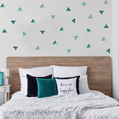 מדבקות קיר משולשים טורקיז - מיכל נמצוב סטודיו m creative