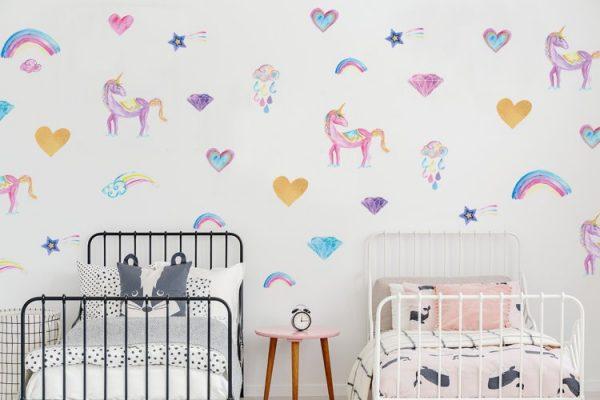 מדבקות חד קרן מאויירות בצבעי מים לחדר ילדים ותינוקות. מיכל נמצוב סטודיו m creative